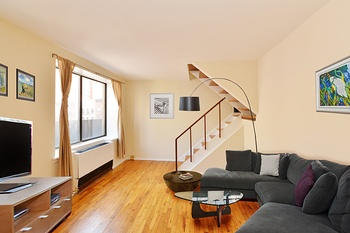 Unique Triplex One Bedroom Apartment In Gramercy With